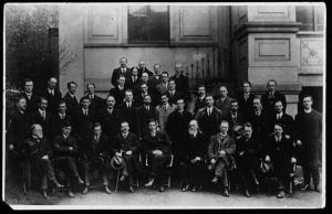 An Cead Dáil Éireann (The First meeting of the Irish Parliament)